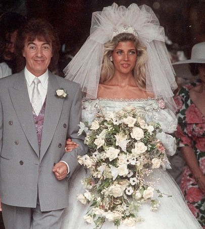 Pictures of 1980 wedding dresses